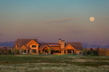 Photographed for Frank Cikan Architects  and  Yellowstone Custom Country  Homes, Inc.