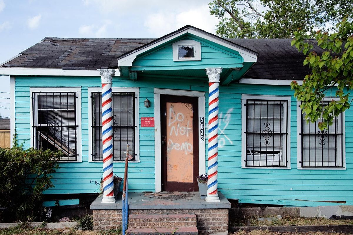 4_0_11-new_orleans_barber_shop.jpg