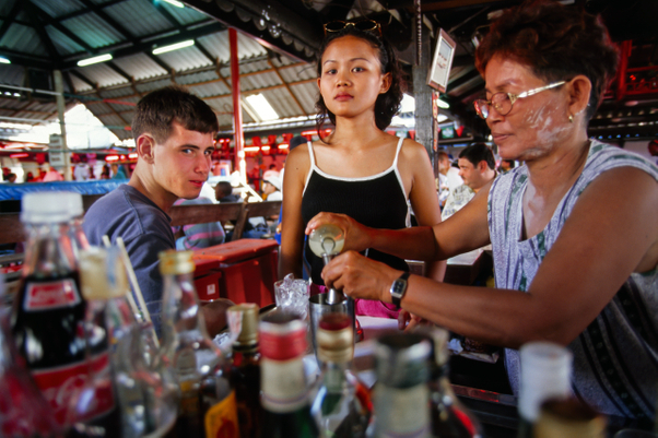 pattaya.bargirl_01.jpg