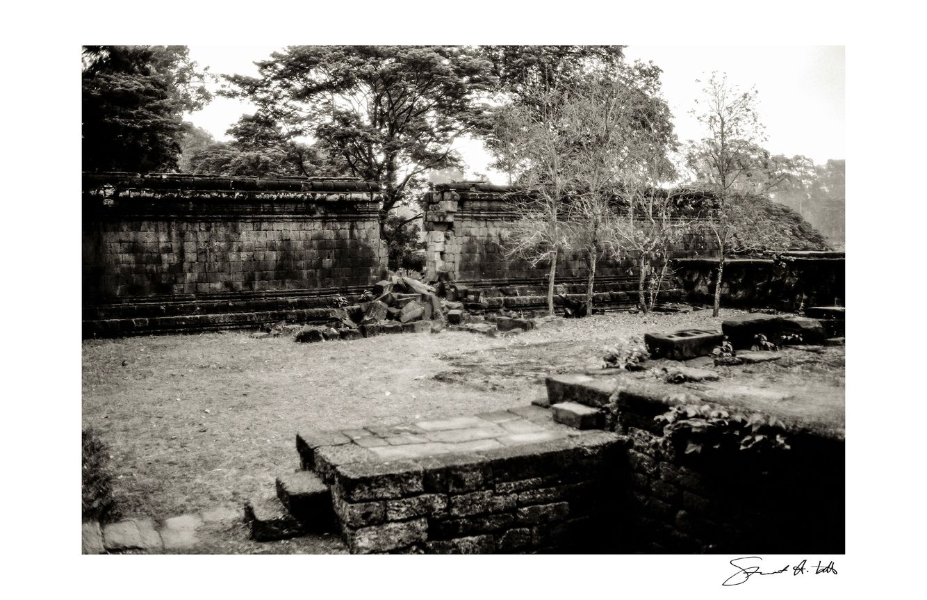 Lightroom (Angkor_017.tif) copy.jpg
