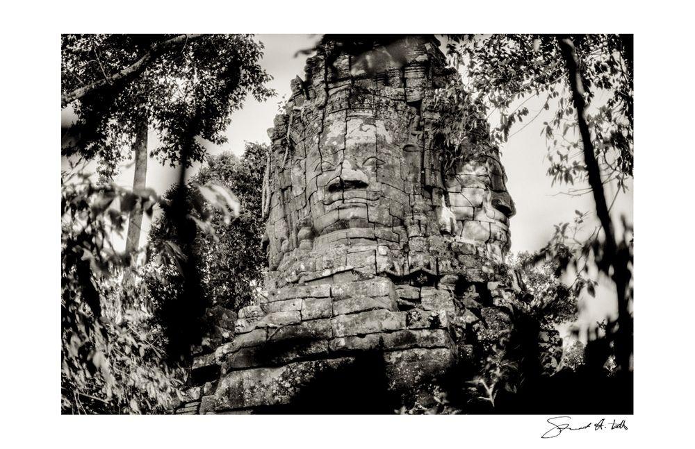 Lightroom (Angkor_037.tif) copy.jpg
