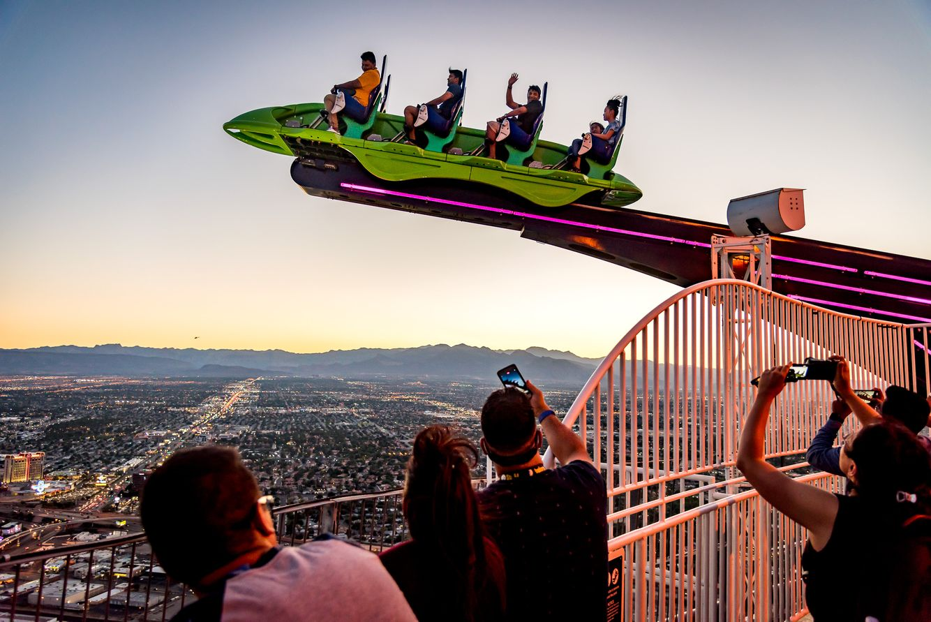 x-scream.stratosphere_04-2.jpg
