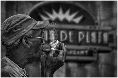 Lighting Up In Old Havana