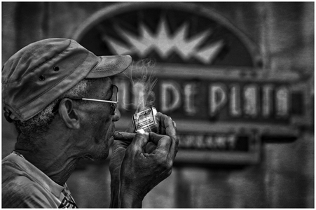 Lighting Up In Old Havana