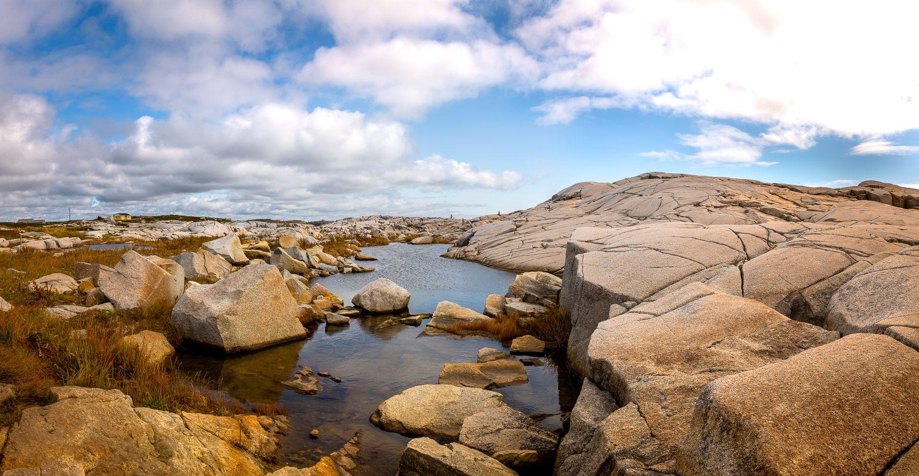 Peggy's Cove, Novia Scotia  CANADA