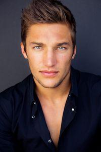 Los Angeles  Actor Headshot Photographer