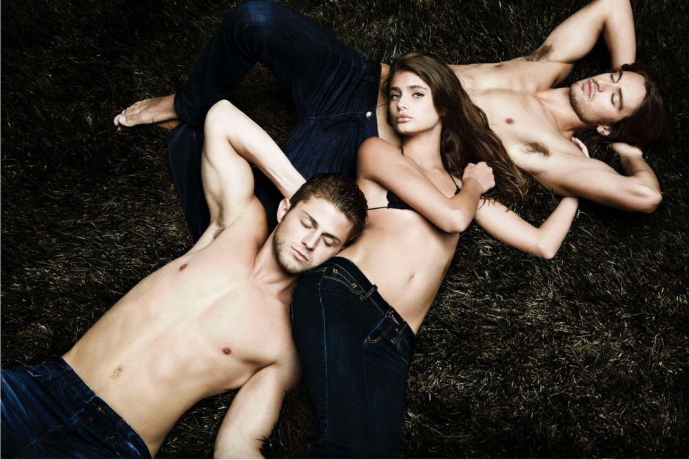 Taylor Hill with Boys Into the Wild