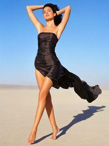 El Mirage Girl Walking - Los Angeles Fashion Photographer