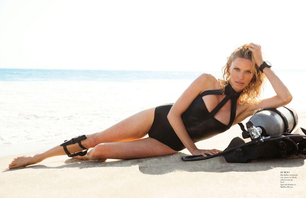 Rachel Roberts 90265 Magazine Scuba Gear