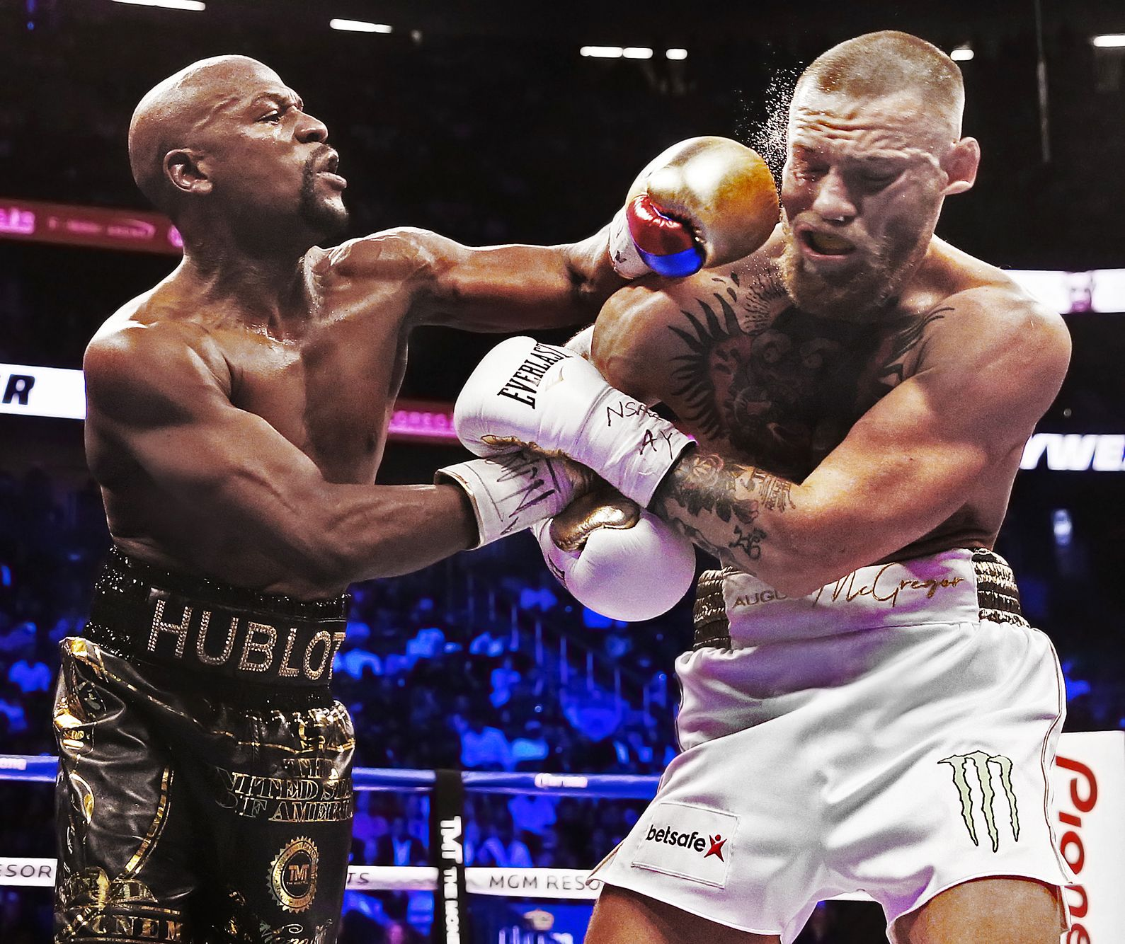 BOX-MAYWEATHER-AUG27-17-bh- 039.jpg