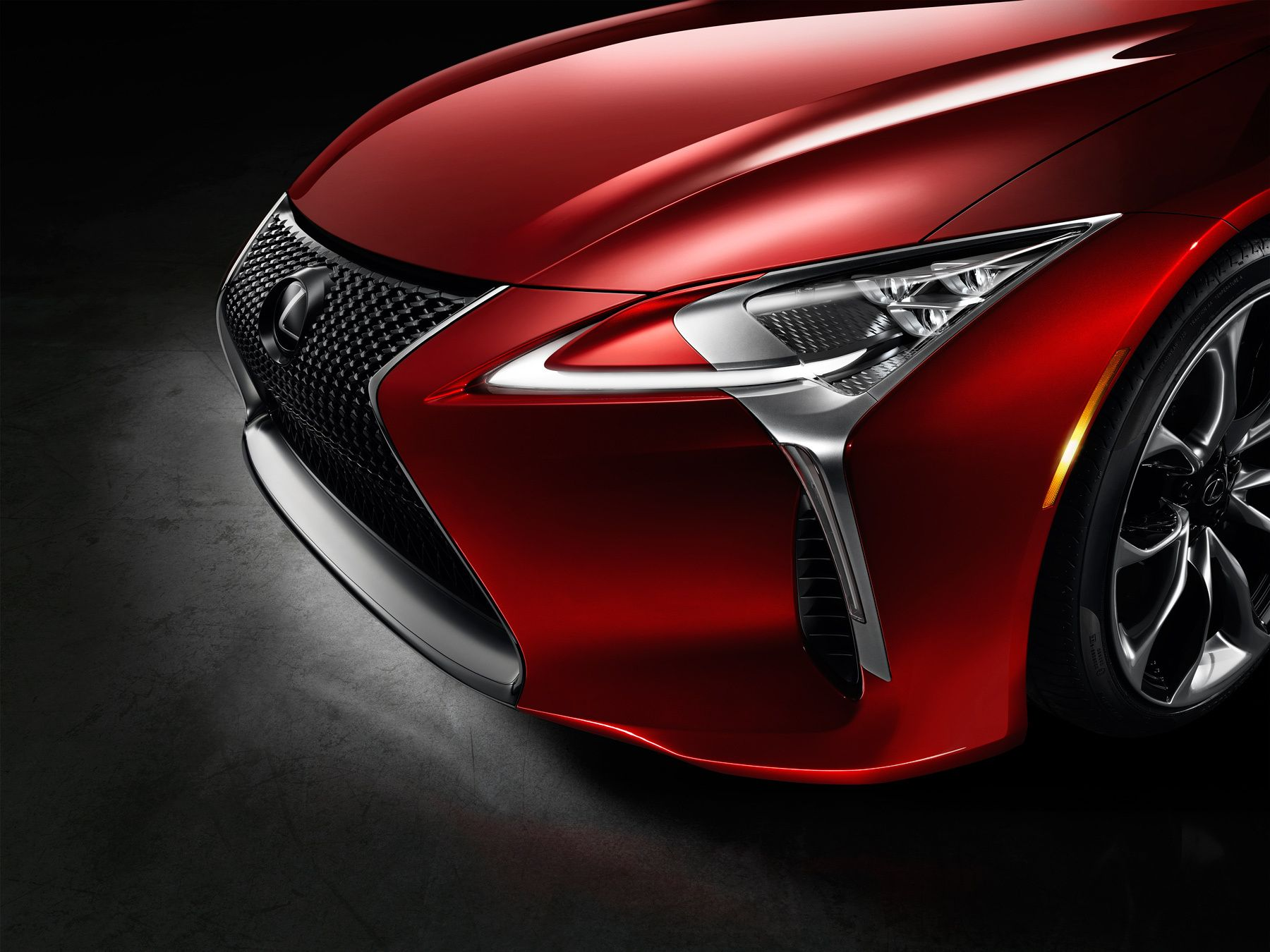 Lexus LC500 headlight detail