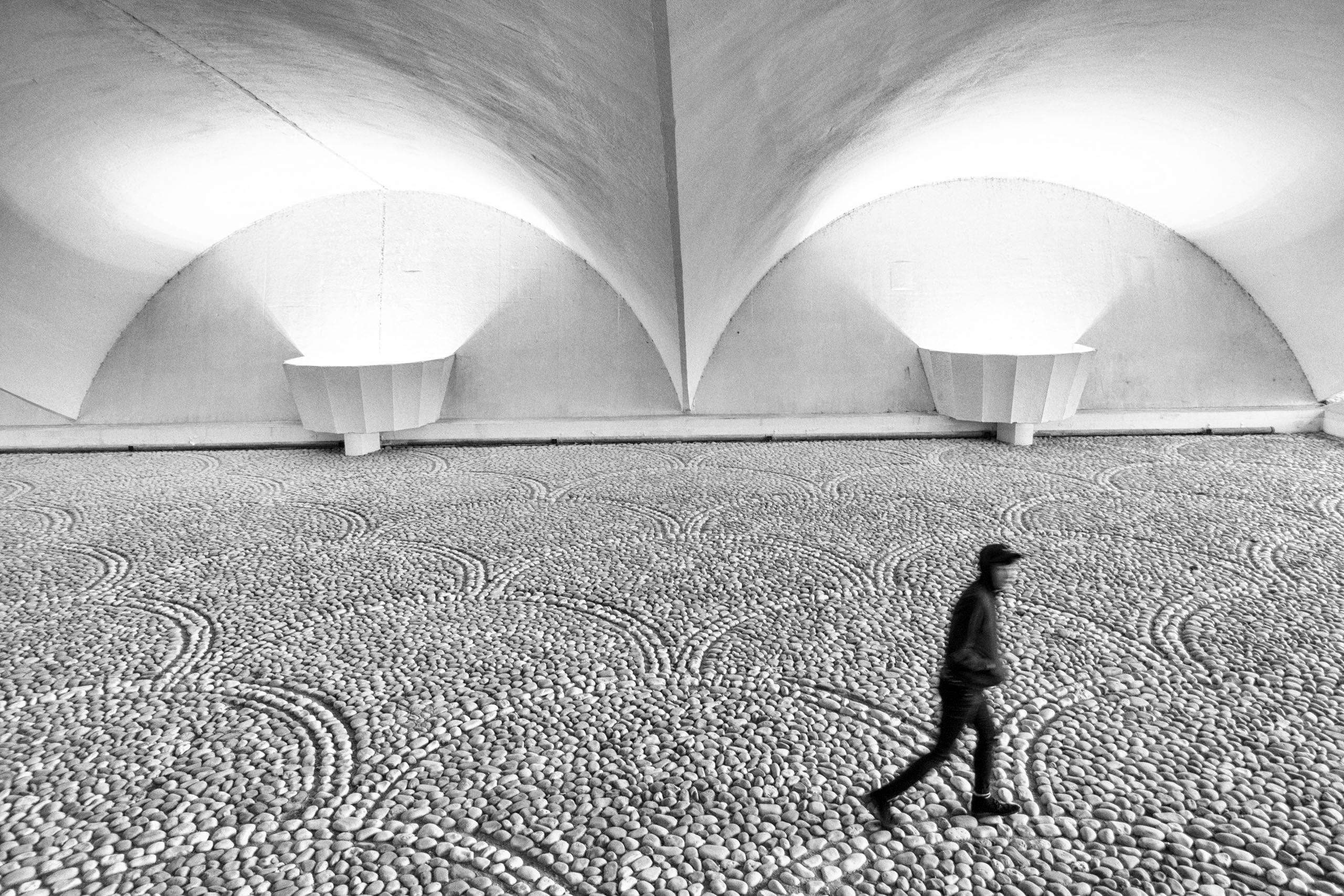 Pit_tunnel.jpg