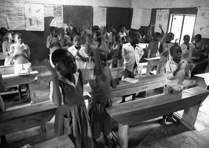 1school_children_uganda_040316_08_web.jpg