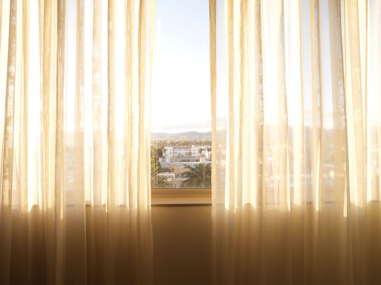 1santa_monica_curtains_final2
