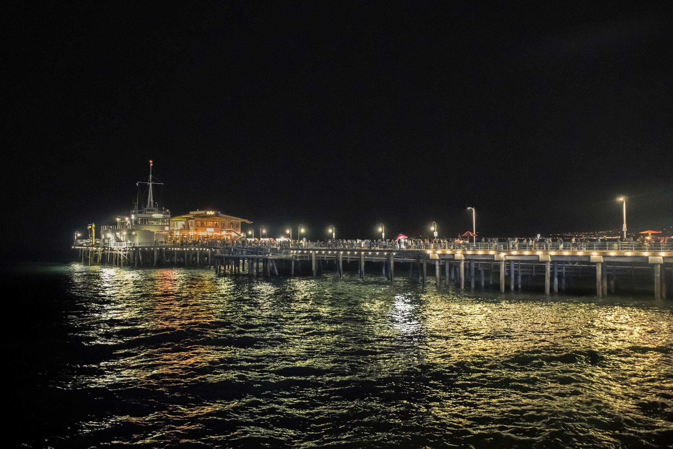 santa_monica_pier_night.jpg