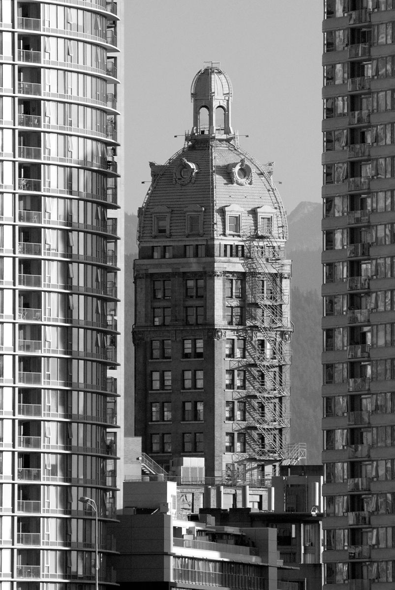 Sun Tower, Vancouver