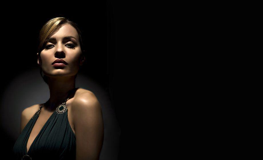 Model Glamour Film Noir