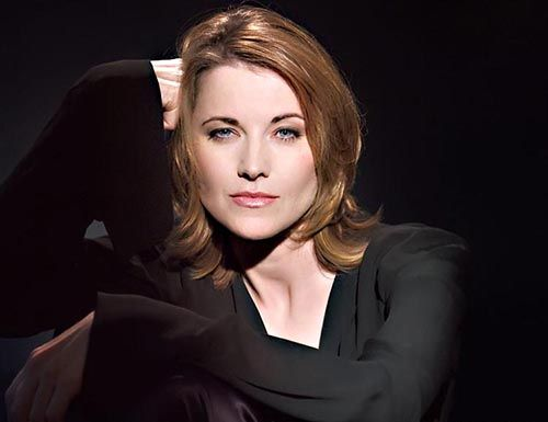 lucy-lawless.jpg