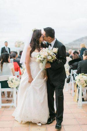 Best Wedding Kiss Ever!