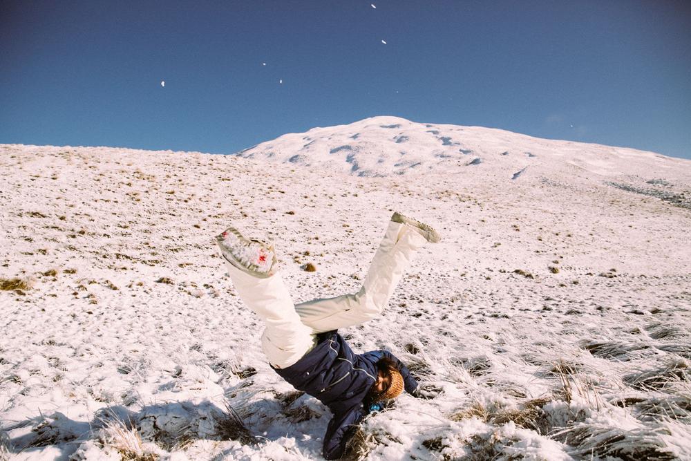 Tammara Diaz, Falling