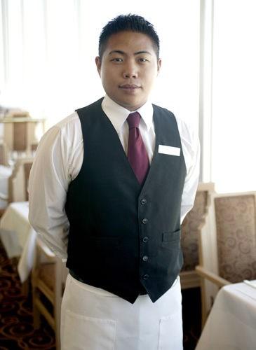 Waiter in San Francisco, CA
