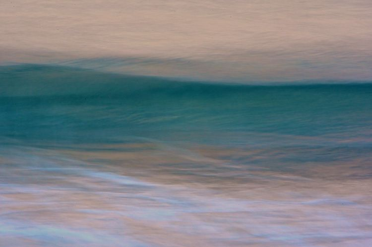 OCEAN at Dawn: teal wave.