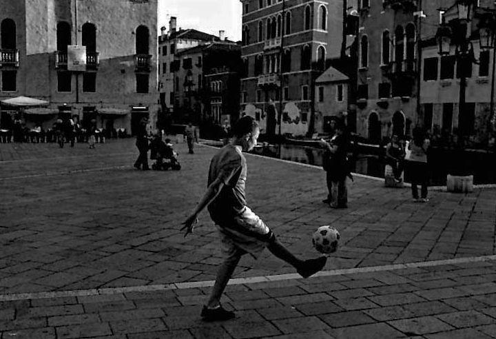 Street futbol in Italy.