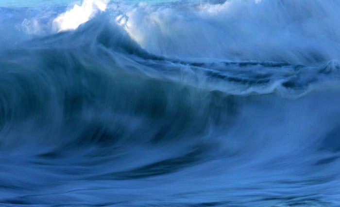 OCEAN: Blue wave.