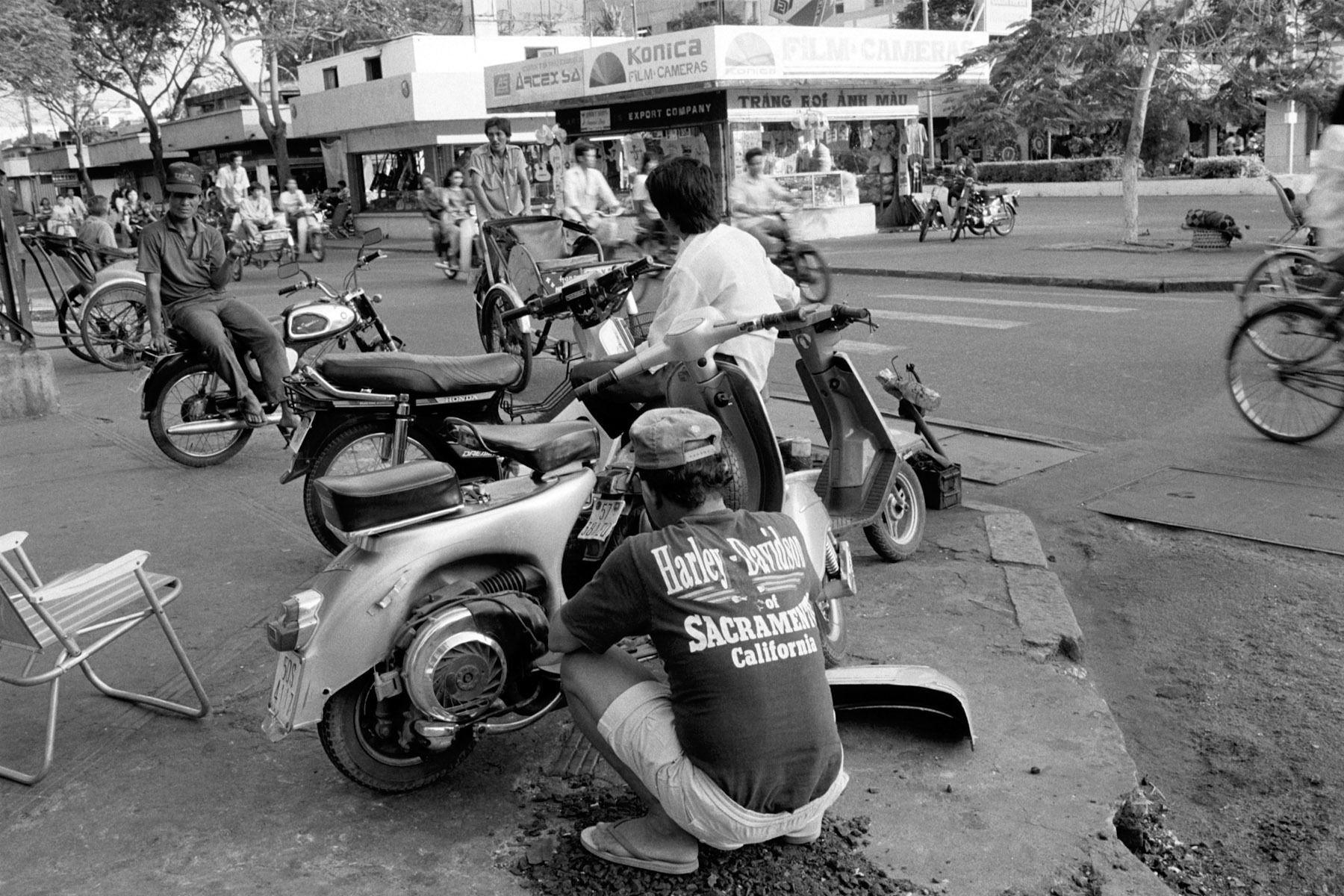 MOTORBIKE REPAIRHo Chi Minh City1992