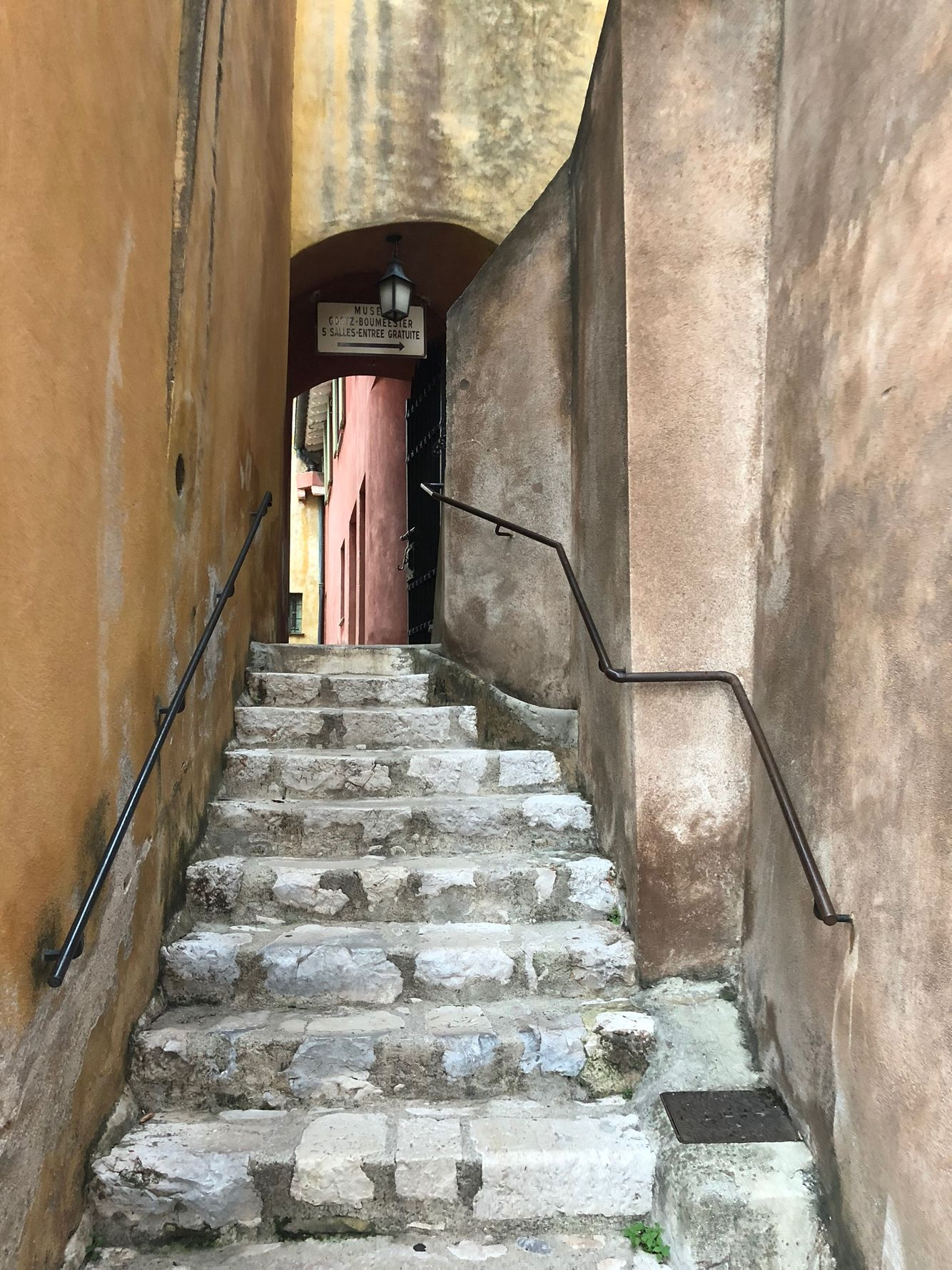 Painterly alley in Villefranche-sur-Mer