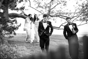 1lesliedumkestudio_wedding_photography_beach_mansion_tent__52_of_25_