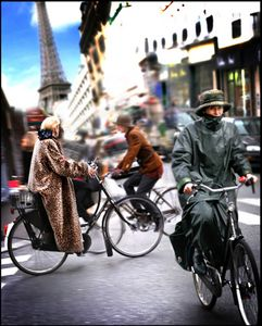 1Parisians_on_bikes