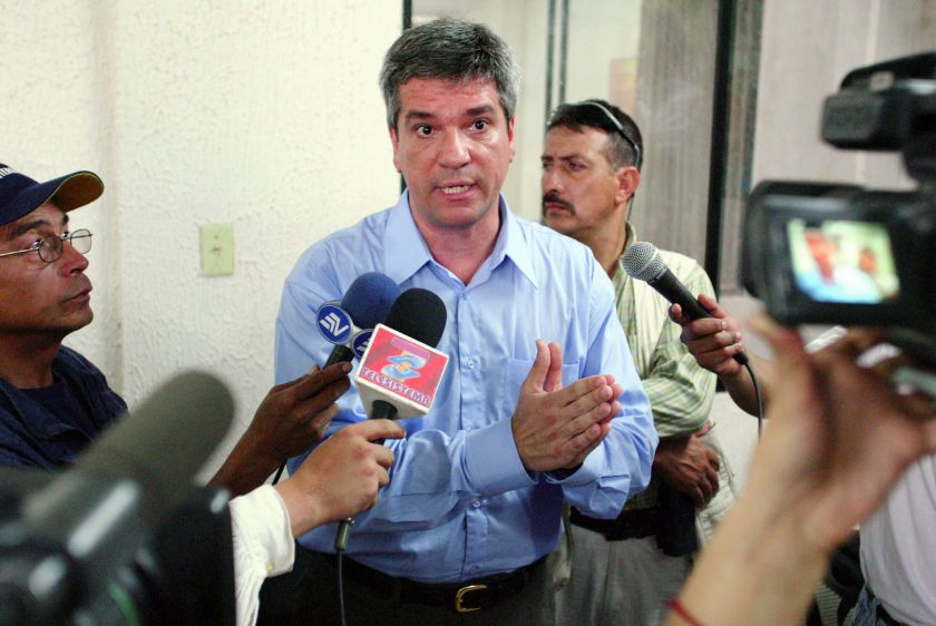 Chevron Vice-President Ricardo Reis Veiga talks to the press in the Superior Court of Justice in Lago Agrio on the first day of the trial against Chevron (formerly Texaco).
