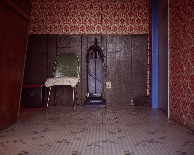 1chair__vacuum.jpg