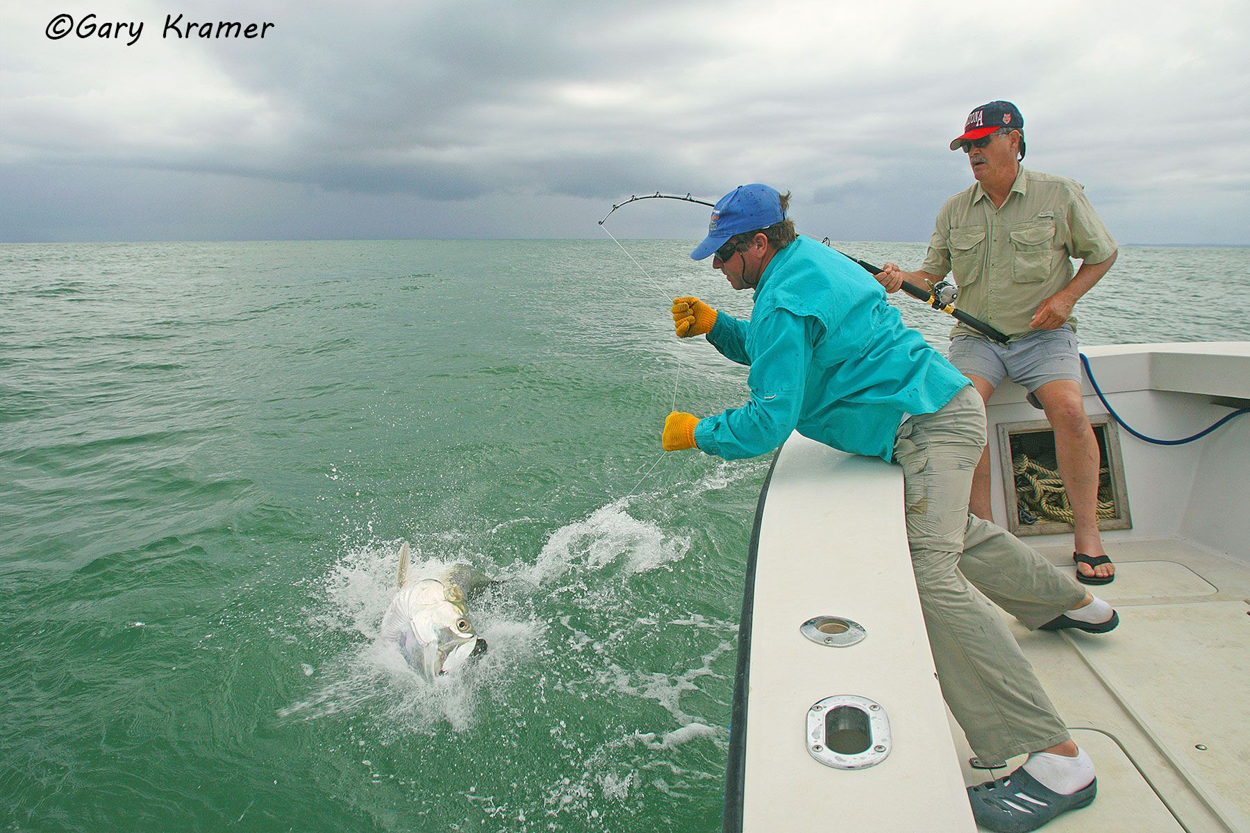 Anglers with Tarpon at leader, Panama - NFTe#009d