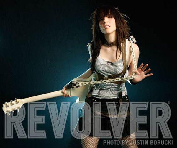 1LL_Halestorm_Revolver_3.jpg