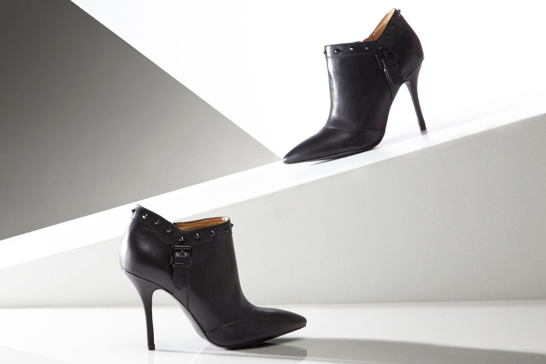 1twoblackshoes.jpg
