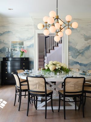 Cape Cod dining room