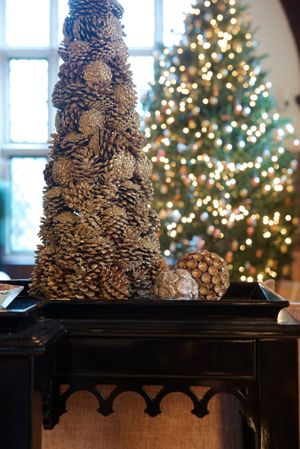 New Canaan Holiday House Tour 2013Details