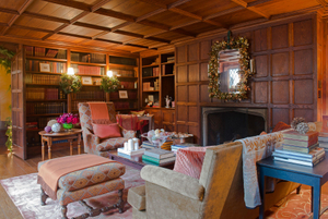 New Canaan Holiday House Tour 2013Library