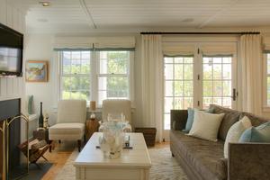 Nantucket ModernLiving room