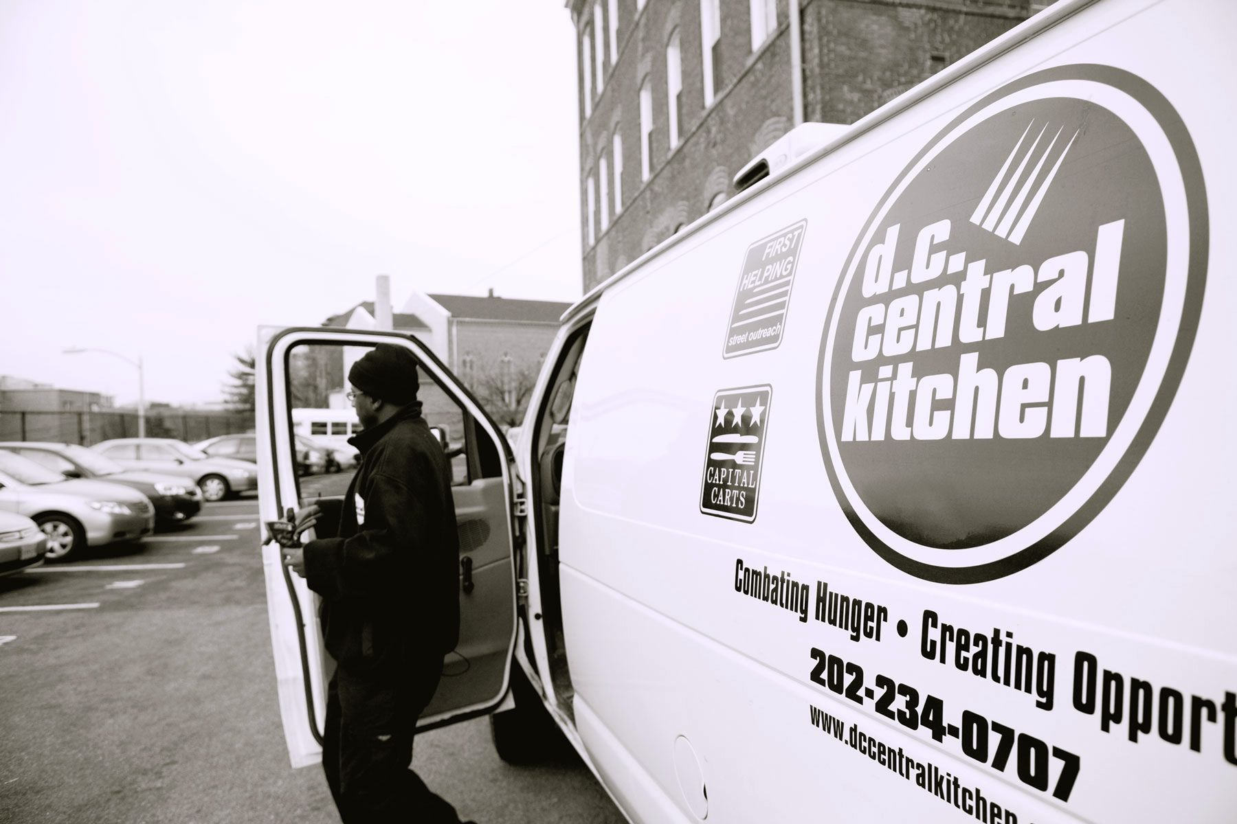 1dc_kitchen_meal_delivery_mg_9443