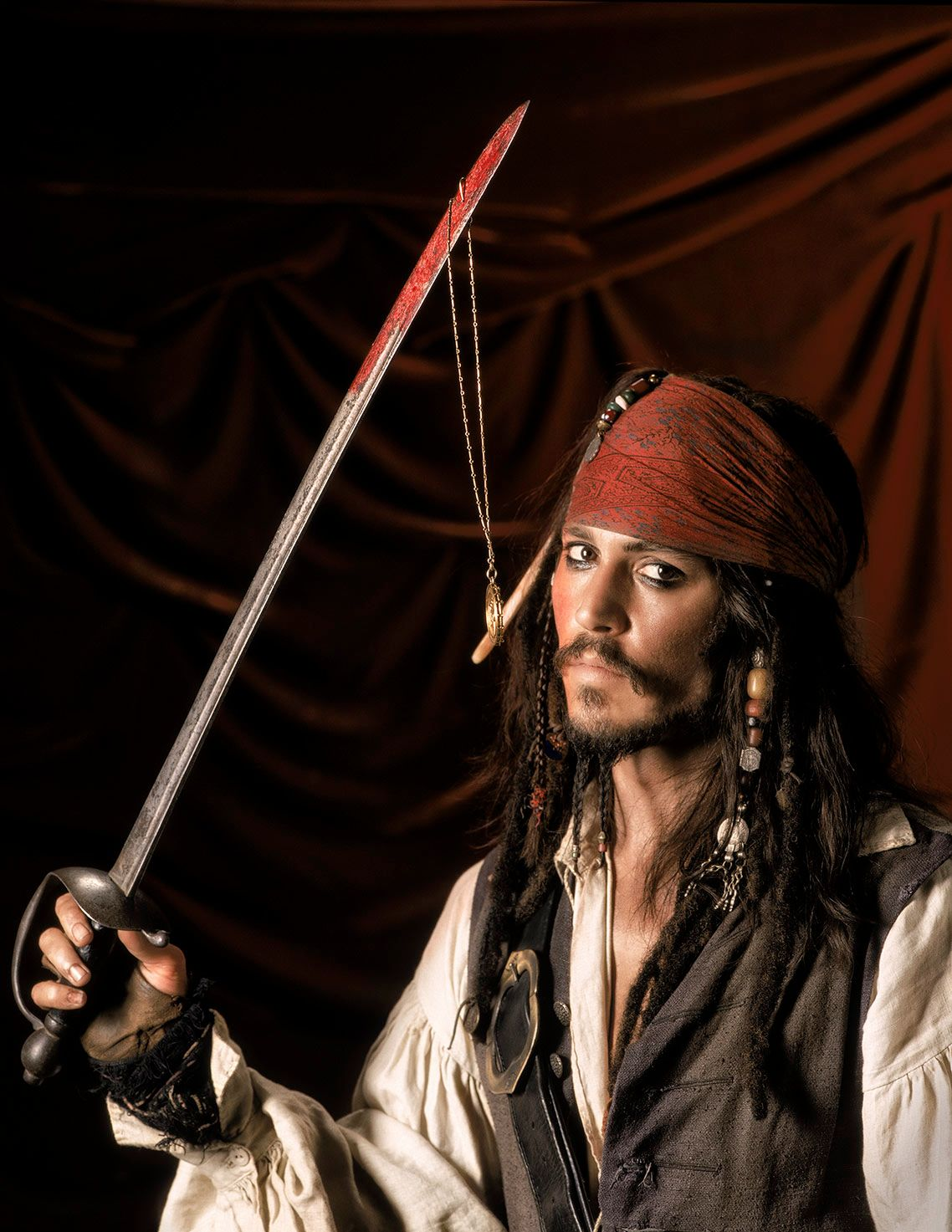 JOHNNY DEPP • PIRATES OF THE CARIBBEAN • THE CURSE OF THE BLACK PEARL