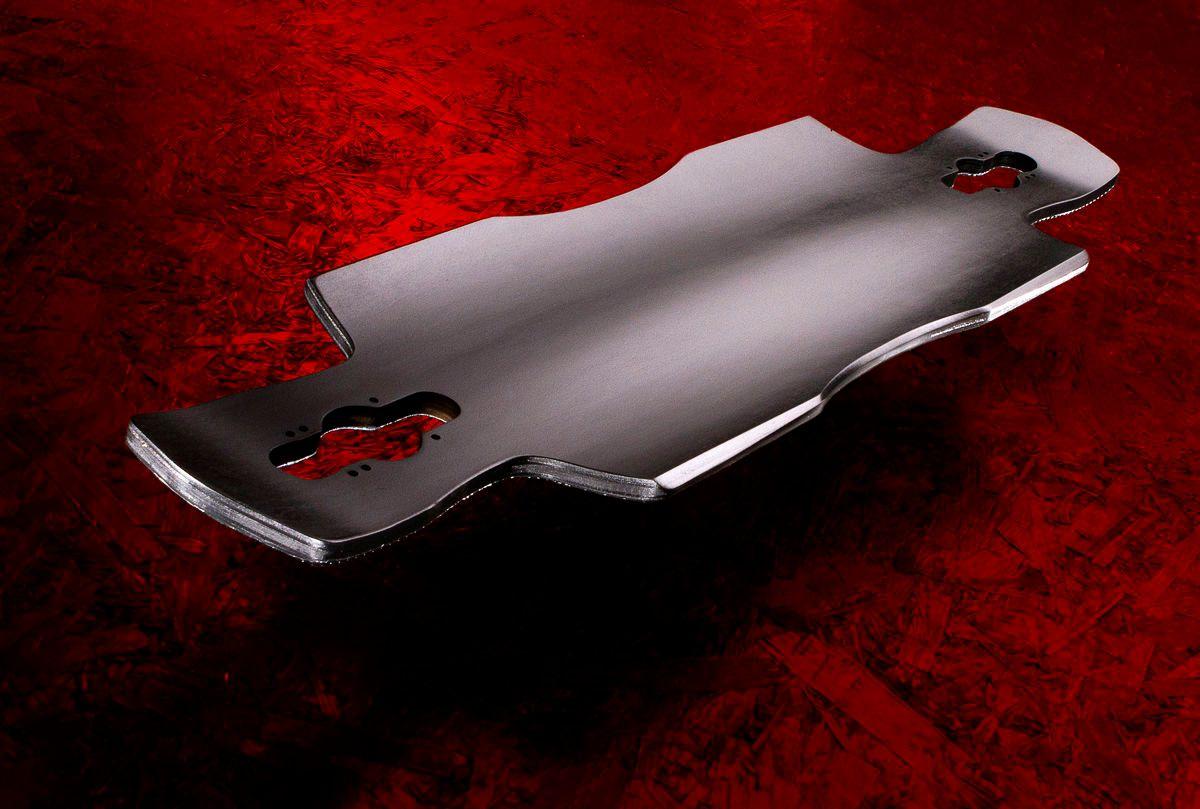 1c_vanderyajt_beast_deck_red_02.jpg