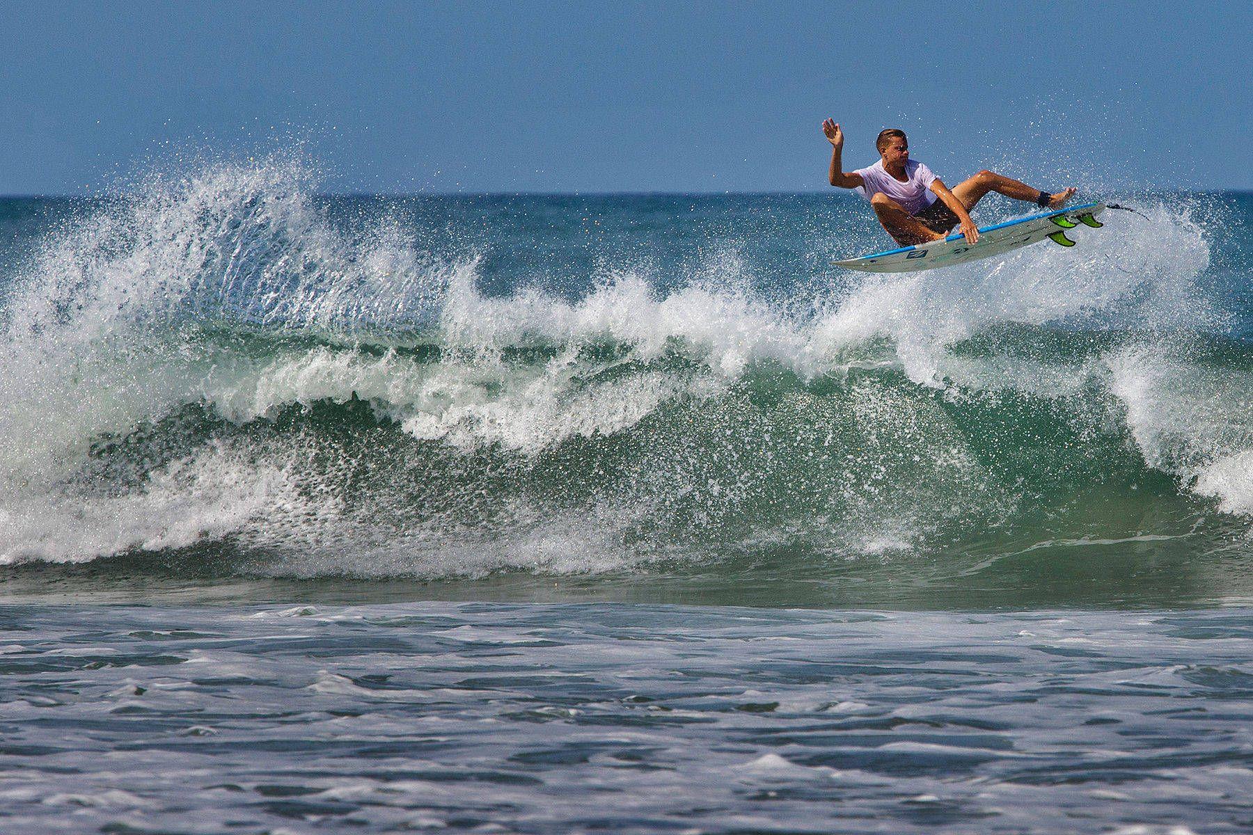 1costa_rica_surf_0004.jpg