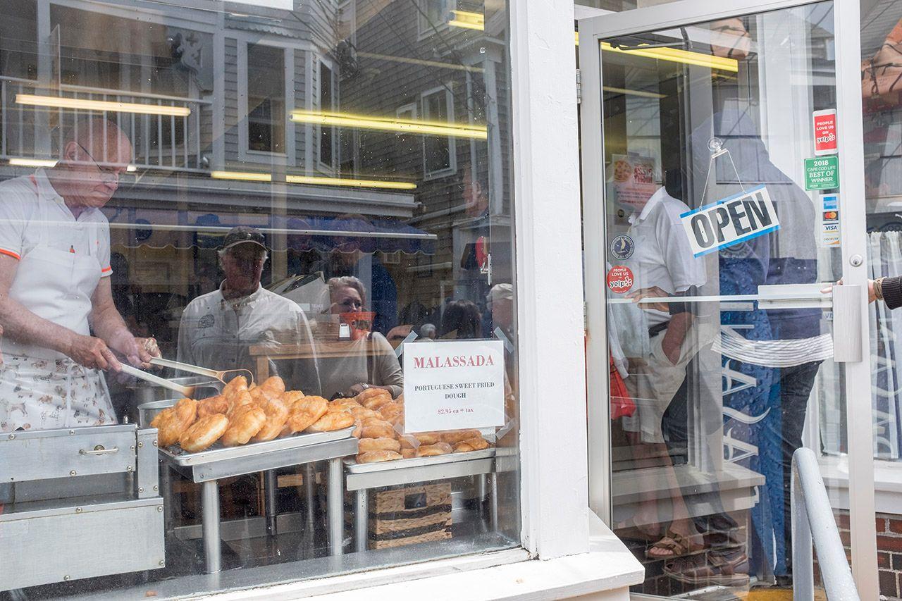 Malassada, Portuguese Bakery
