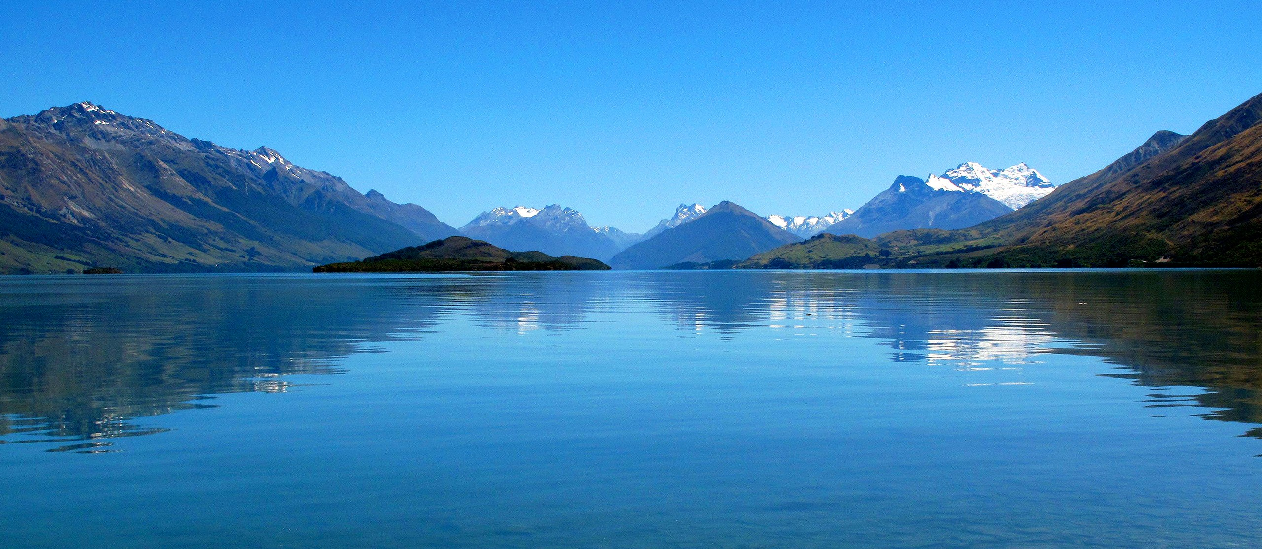 Lake Wakatipu Reflection pano