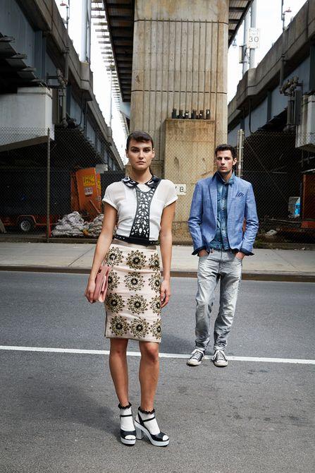 1jnc_couple_crossing_street_lb.jpg