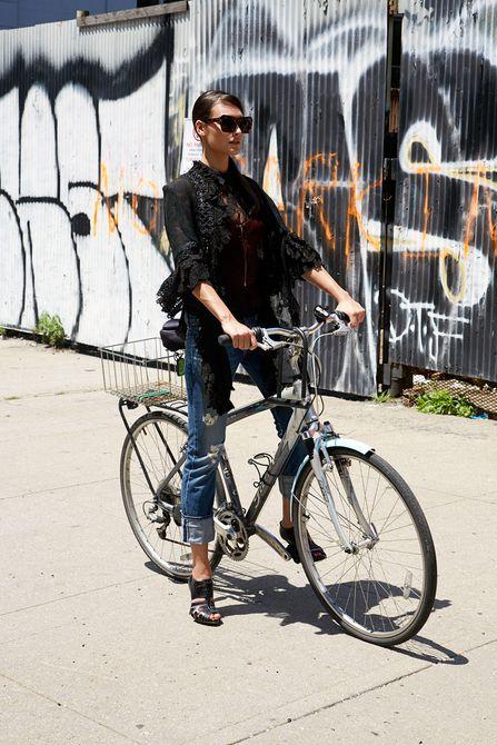1jnc_girl_on_bike_lb.jpg