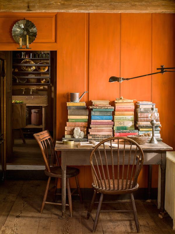 orangeroom-desk-004-D112486_web.jpg